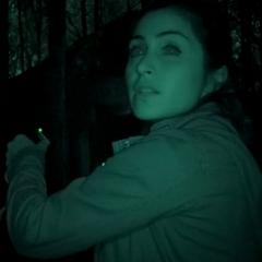 Gespielt von: Maryam Cné<br /><b>Amanda †</b><br />Sie wird im Wald von <a href=