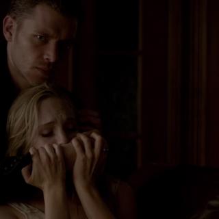 Klaus heilt Caroline