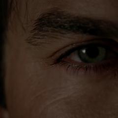 Damon manipuliert