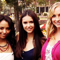 Bonnie, Elena und Caroline