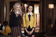 1x11 We're Gonna Need a Spotlight-Lizzie-Josie 1
