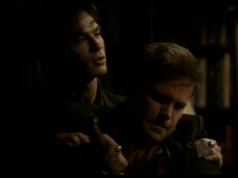 Damon tötet Alaric