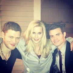 Joseph, Claire y Daniel en el set <a rel=