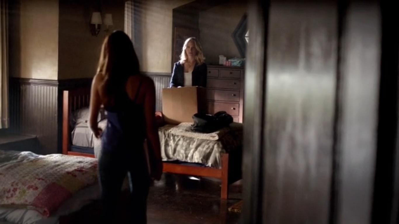 Vampire Diaries Dorm Room