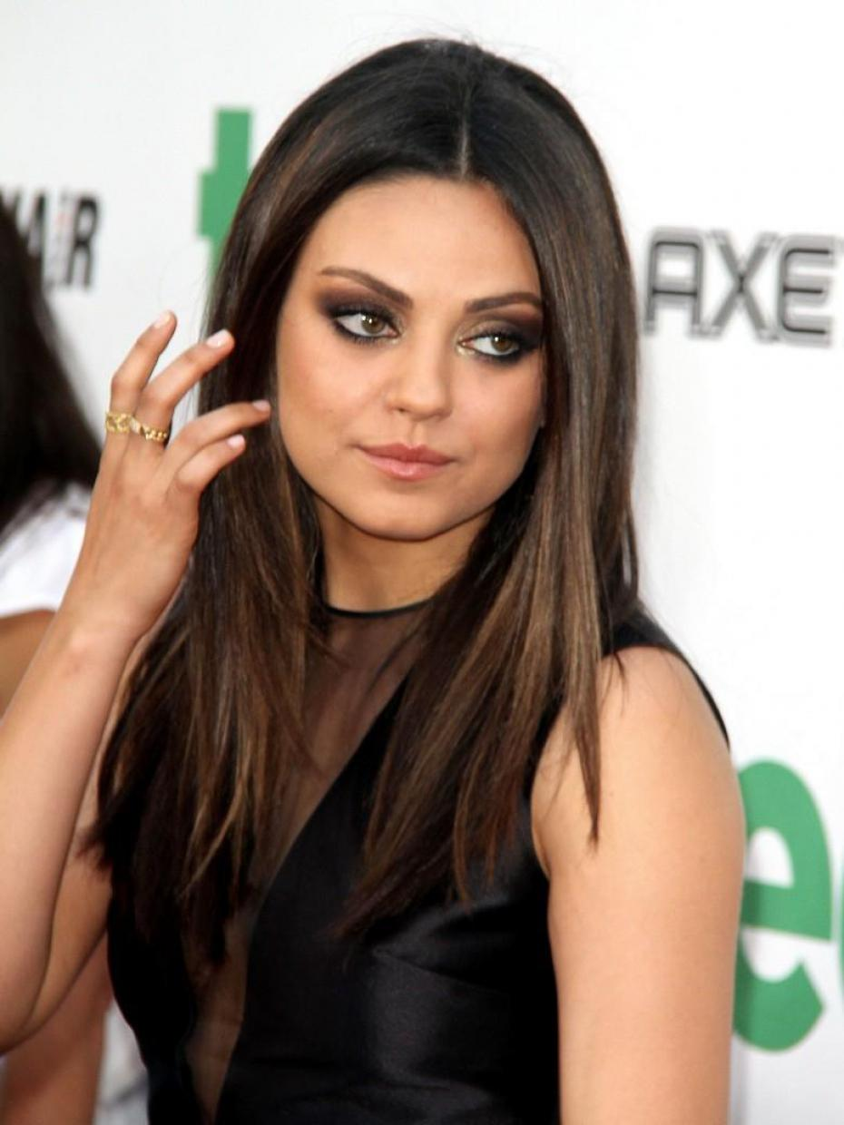 Nude Celebrities 4 Free - Mila Kunis nude and