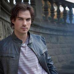 Damon überrascht Stefan mit seinem Aufendhalt in Mystic Falls
