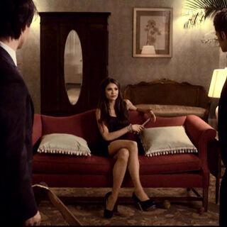 Die Brüder stecken mit Katherine fest.