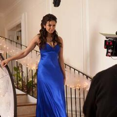 Nina behind the scenes