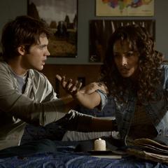 Bonnie sending Elena a message.