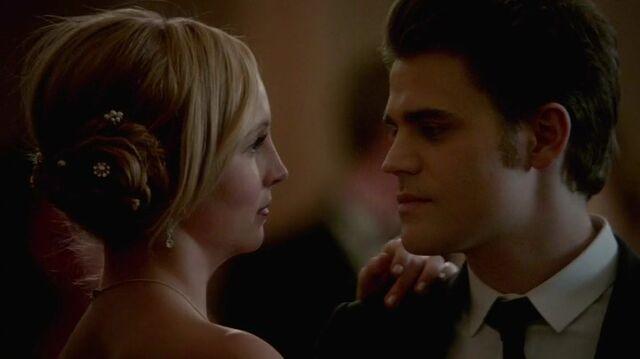 File:Caroline&Stefan Dance.jpg