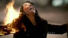 TVD - 2.17 - Know Thy Enemy.avi snapshot 31.34 -2011.05.12 15.09.07-
