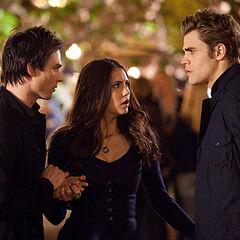 Wanneer heeft Elena en Damon start dating boeren hook up