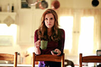 1x04-Family Ties (18)