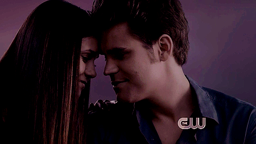 Archivo:Elena and Stefan.png