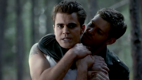 File:Stefan-and-Klaus-in-TVD-4x07-My-Brothers-Keeper.png