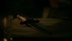 TO405-Freya's Enchanted Beast Dagger