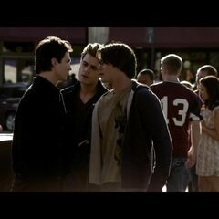 Damon confronts Jeremy about being rude to Elena and Stefan stops their argument