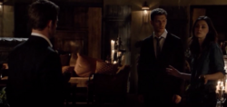 Elijah-Klaus-Hayley- 2x03