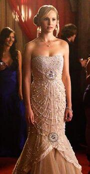 Caroline Prom