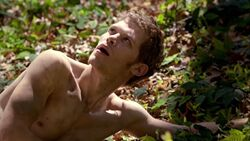 TVD - 2.22 - As I Lay Dying (2)