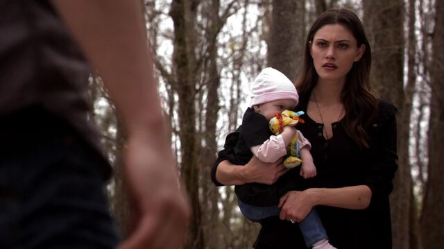 File:Normal TheOriginals220-0498HayleyHope.jpg