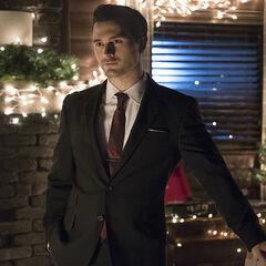 Enzo im Anzug, Staffel 7