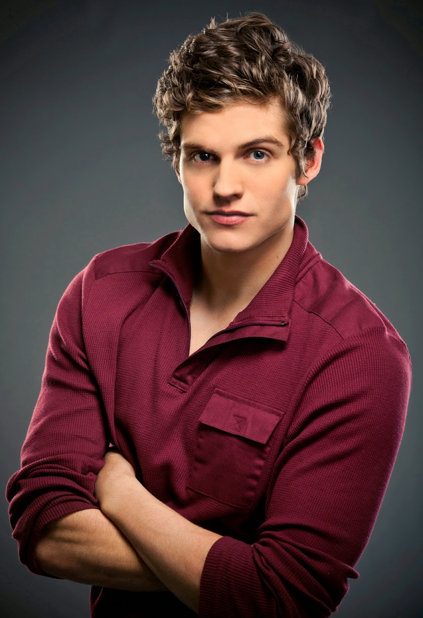Watch Daniel Sharman (born 1986) video