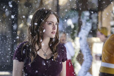 2x08 This Christmas Was Surprisingly Violent-Hope