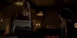 Caroline and Bonnie 5x21.