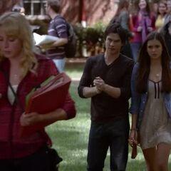 Damon teaches Elena to hunt