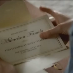 Caroline opens the Mikaelsons' Ball invitation