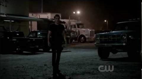 Vampire Diaries 3x01 - Stefan Calls Elena