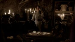 TVD6x17-Lily's Den 3
