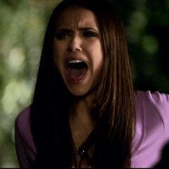 Elena wird verletzt, als Katherine sich verlezt
