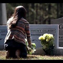 Bonnie visits Jeremy's grave