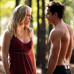 Caroline and Klaus/Tyler 4x1