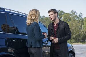 5x06 What, Will, I, Have, Left-Caroline-Klaus