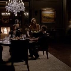 Dinner for three: Stefan, Rebekah and Klaus discuss The Five