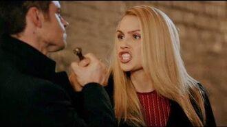 The Originals 3x9 - Elijah daggers Rebekah