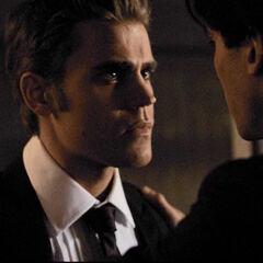 Damon sagt Stefan, dass er ihm den Rücken freihält
