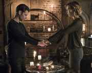 4x11 A Spirit Here Won't Be Broken-Klaus-Freya