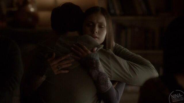 Archivo:Jelena hug.jpg