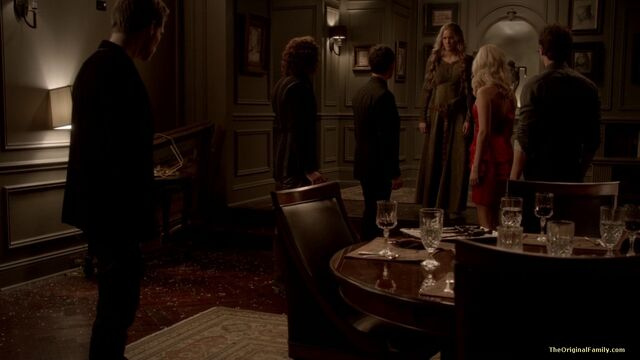 File:180-tvd-3x13-bringing-out-the-dead-theoriginalfamilycom.jpg