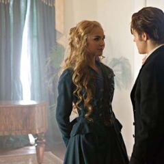 Lexi telling Stefan about good vampire parts.