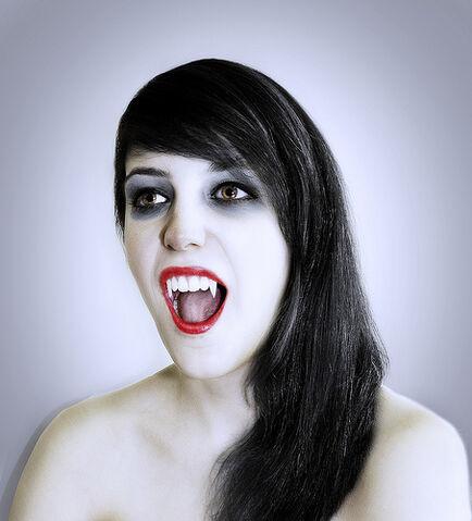 File:Glamour Vampire.jpg