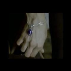Collier de Katherine porté en Bracelet (2009)