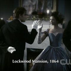 Stefan et Katherine dansent