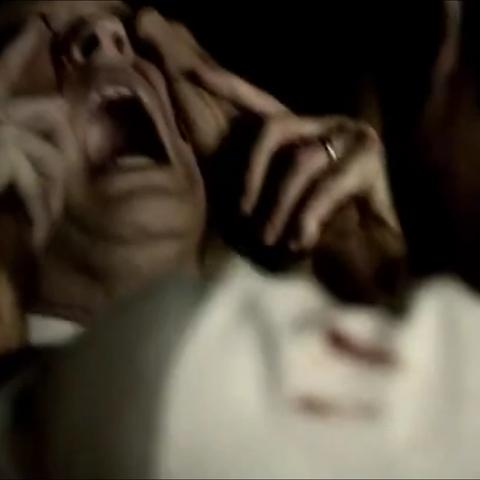 Dr. Whitmore tué par Damon