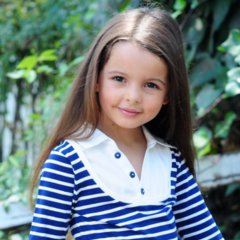 Elena enfant