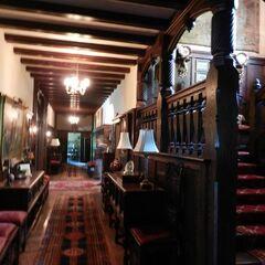 Hall et les escaliers
